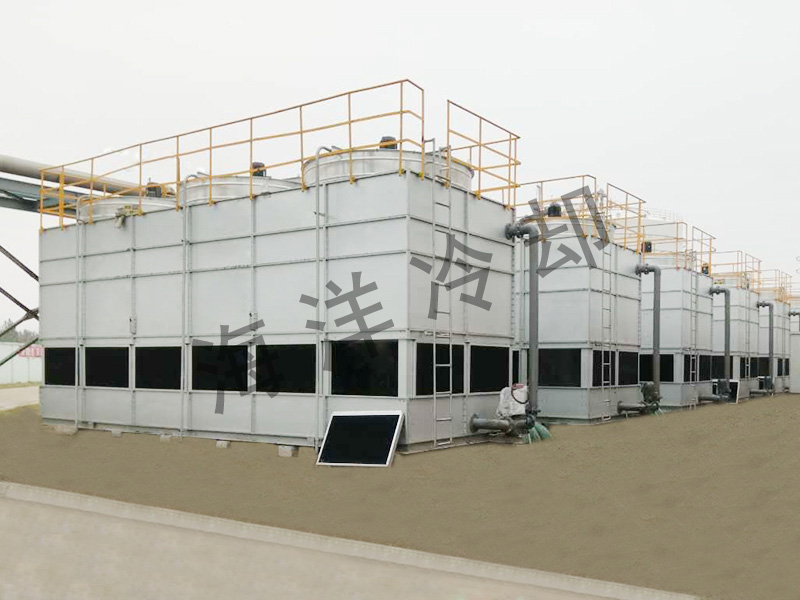 Countercurrent closed cooling tower